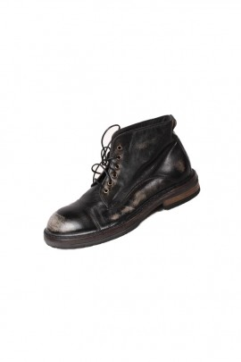 MOMA BOOTS